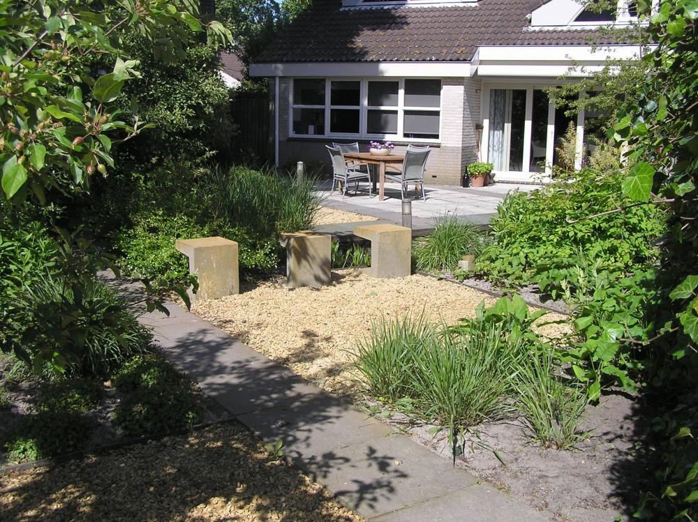 Eigentijdse tuin hoveniersbedrijf yvonne kruize box zn